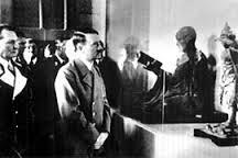 清盛像とヒトラー