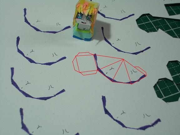 今日のシェリル様 ボディ作成風景 型紙からポンチであたりつけその1