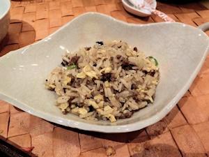 牛肉・黒オリーブの炒飯