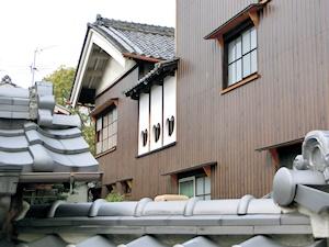 旧川本邸(ハート型の窓)