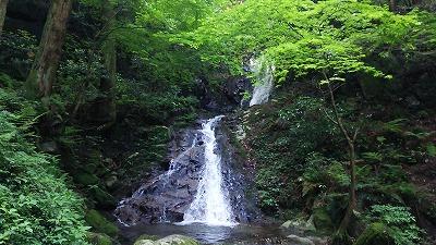 10雷山 清賀の滝