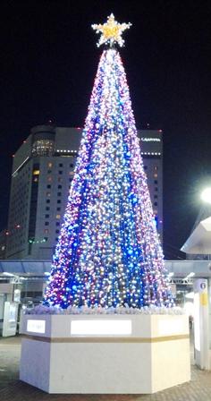 岡山駅前クリスマスツリー