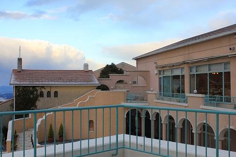 弓張りの丘ホテル