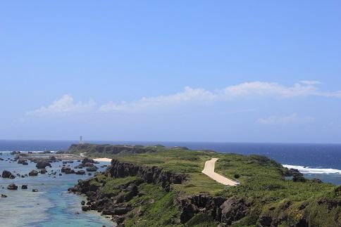 東平安名崎へ