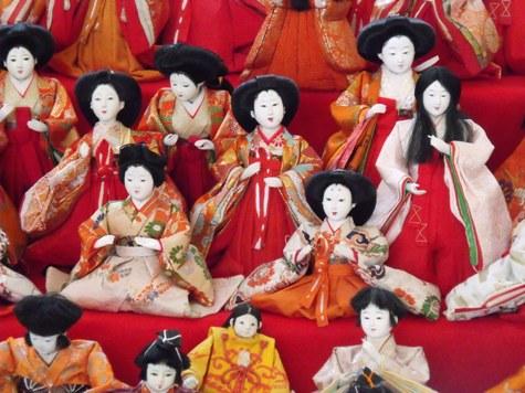 画像ー282 サンライズ九十九里の雛人形としらこ桜 022-2