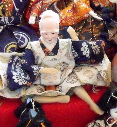 画像ー282 サンライズ九十九里の雛人形としらこ桜 025-4