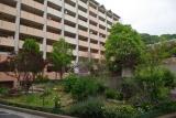 神戸市営住宅・ベルデ名谷 2番館前の花壇