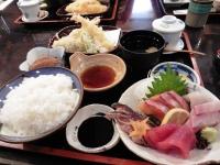 酒蔵定食()刺身、天ぷら、茶碗蒸し \2060)