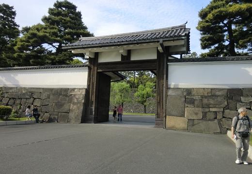 丸の内・皇居二重橋 (108)_R