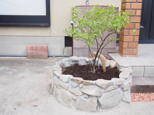 石積み花壇 1
