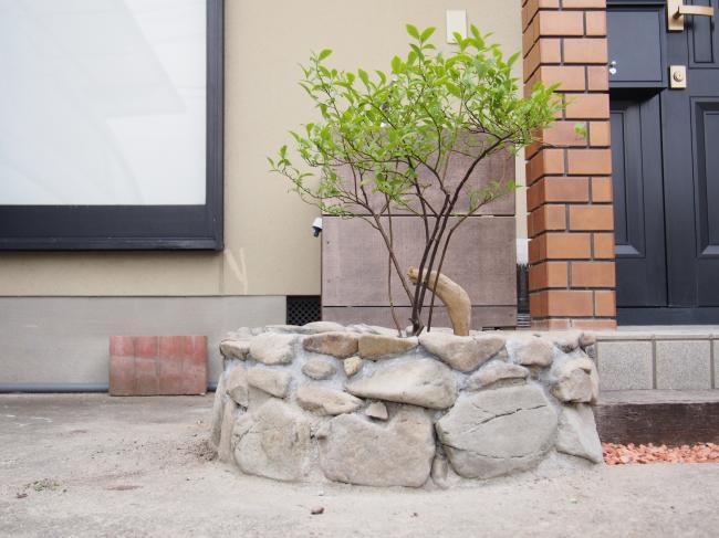 石積み花壇 2