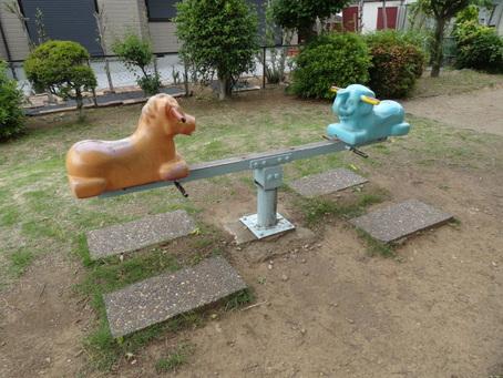 馬と象のシーソー