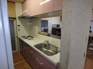 キッチン設置完了 (2)