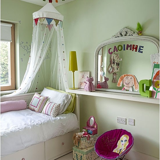Apple-Green-Girls-Bedroom-Ideal-Home-Housetohome_20150601082009470.jpg