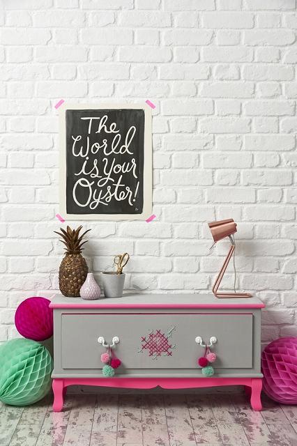DIY-Dip-Dye-Furniture-Mollie-Makes.jpg