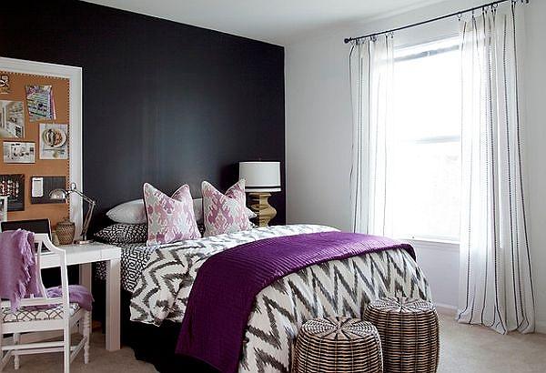 teen-bedroom-with-chalboard-wall.jpg