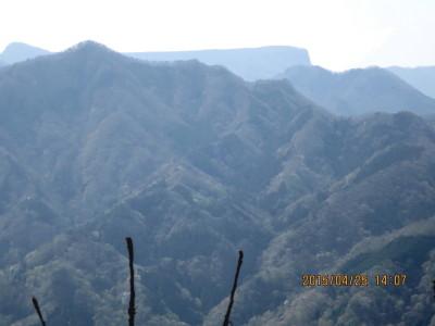 二の岳より荒船山