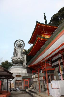 三重塔と日本一大地蔵尊