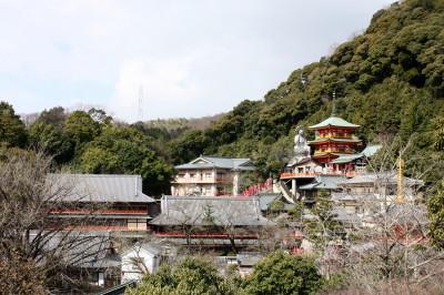 三重塔阿弥陀如来と日本一大地蔵尊