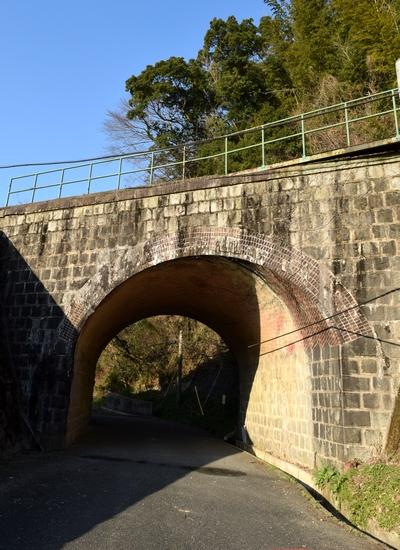 270308 欅坂橋梁1