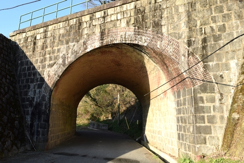 270308 欅坂橋梁2