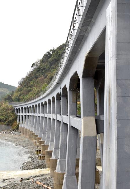 270410 惣郷川橋梁9