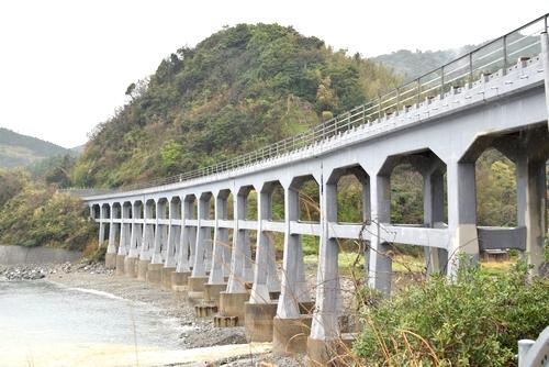 270410 惣郷川橋梁11