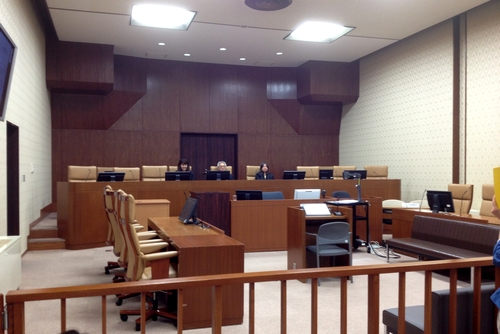 270528 裁判所3