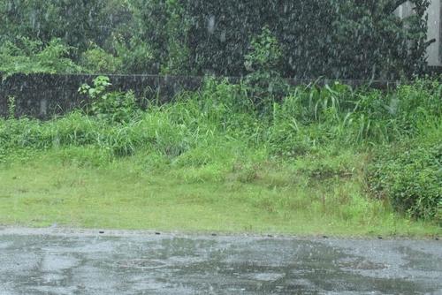270611 大雨1