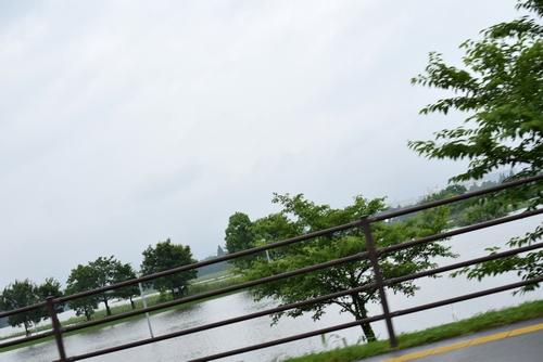 270611 大雨2