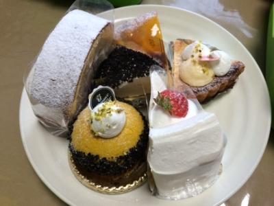 ケーキありがとう
