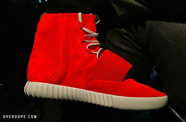 YEEZY BOOST レッド 赤 red