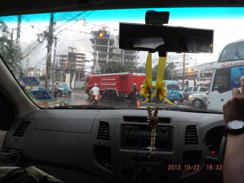 パタヤ道路封鎖