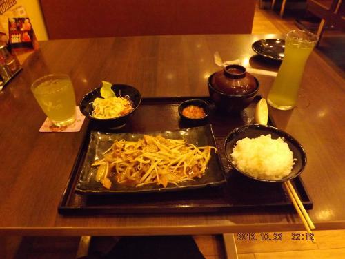 やよい軒 豚生姜焼き定食