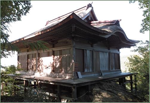 8-7 三仏寺地蔵堂20150215