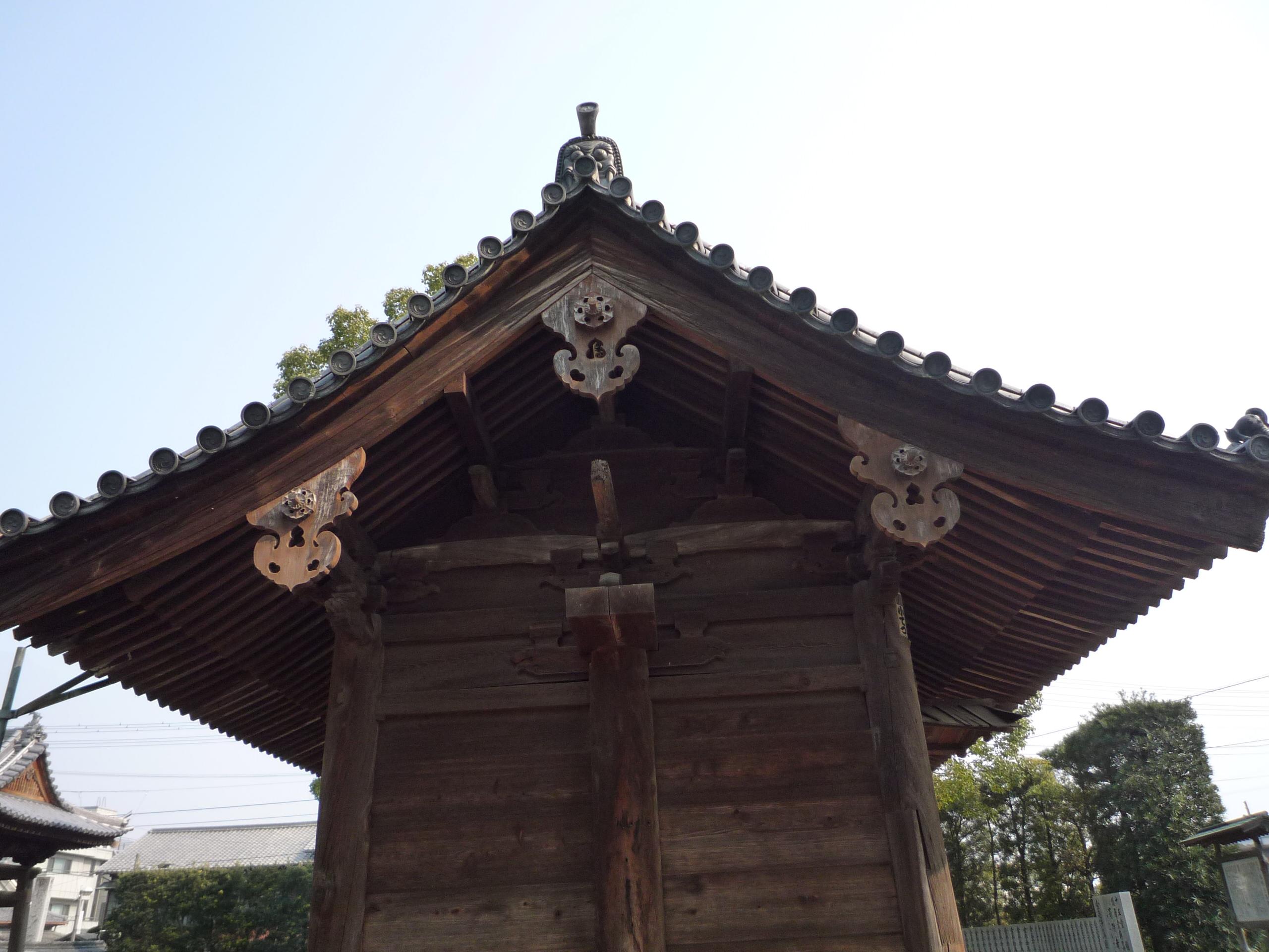 8-8本山寺仁王門
