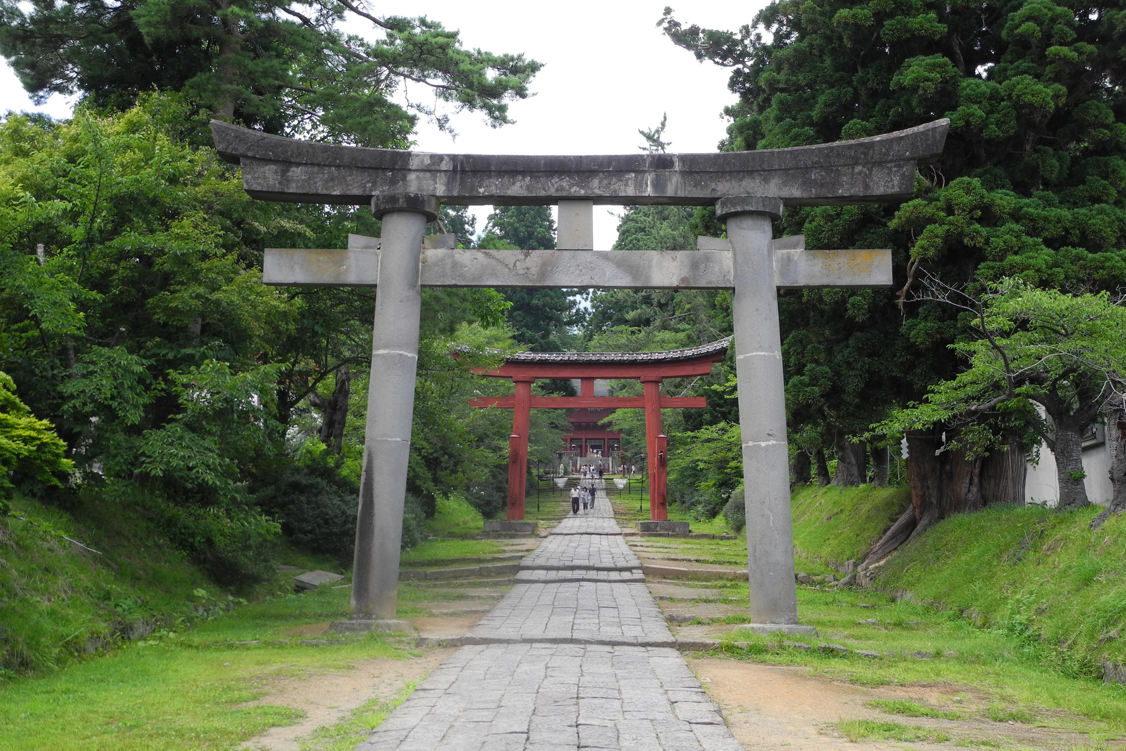8-1-2 岩木山神社参道
