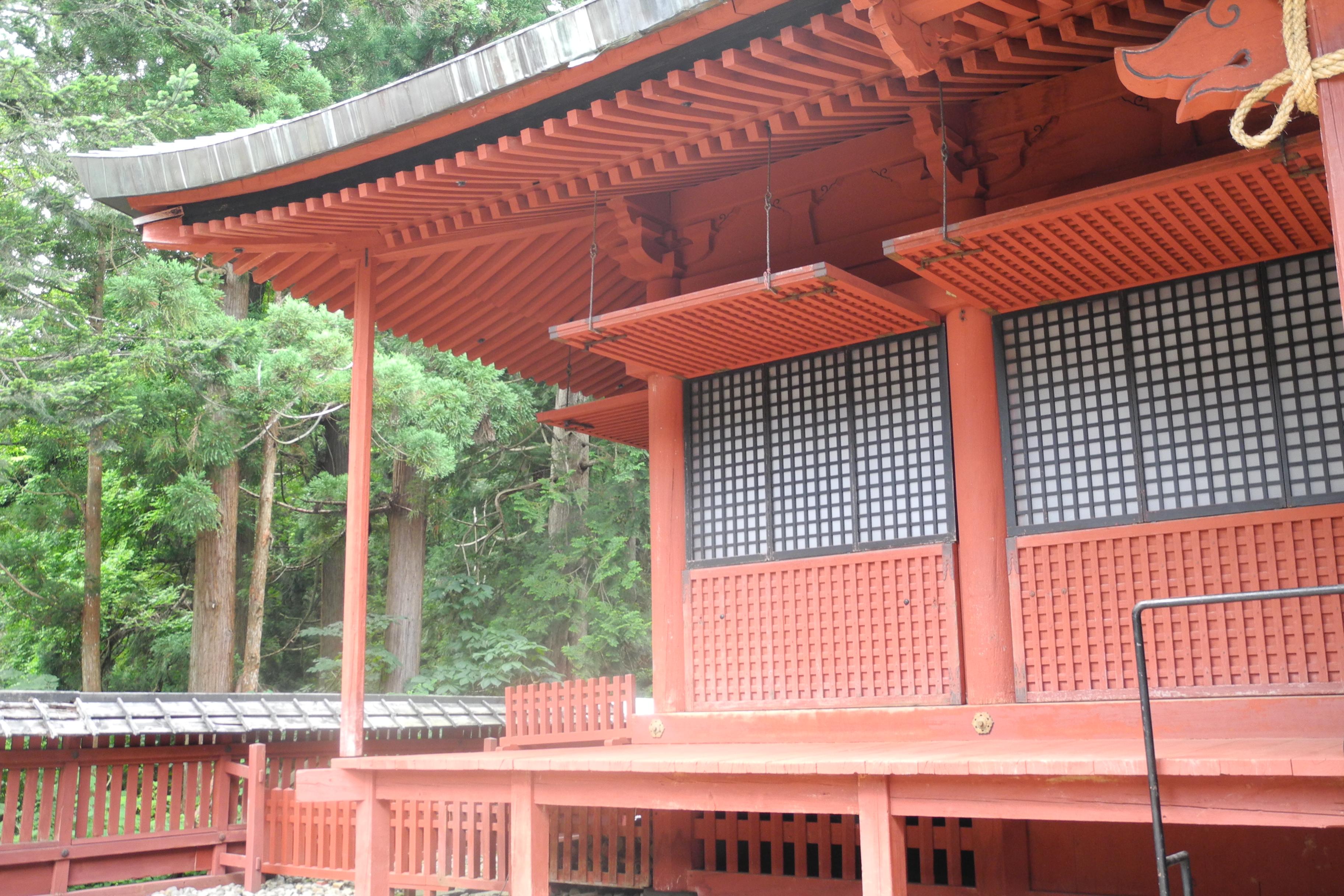 8-1-2 岩木山神社拝殿-2
