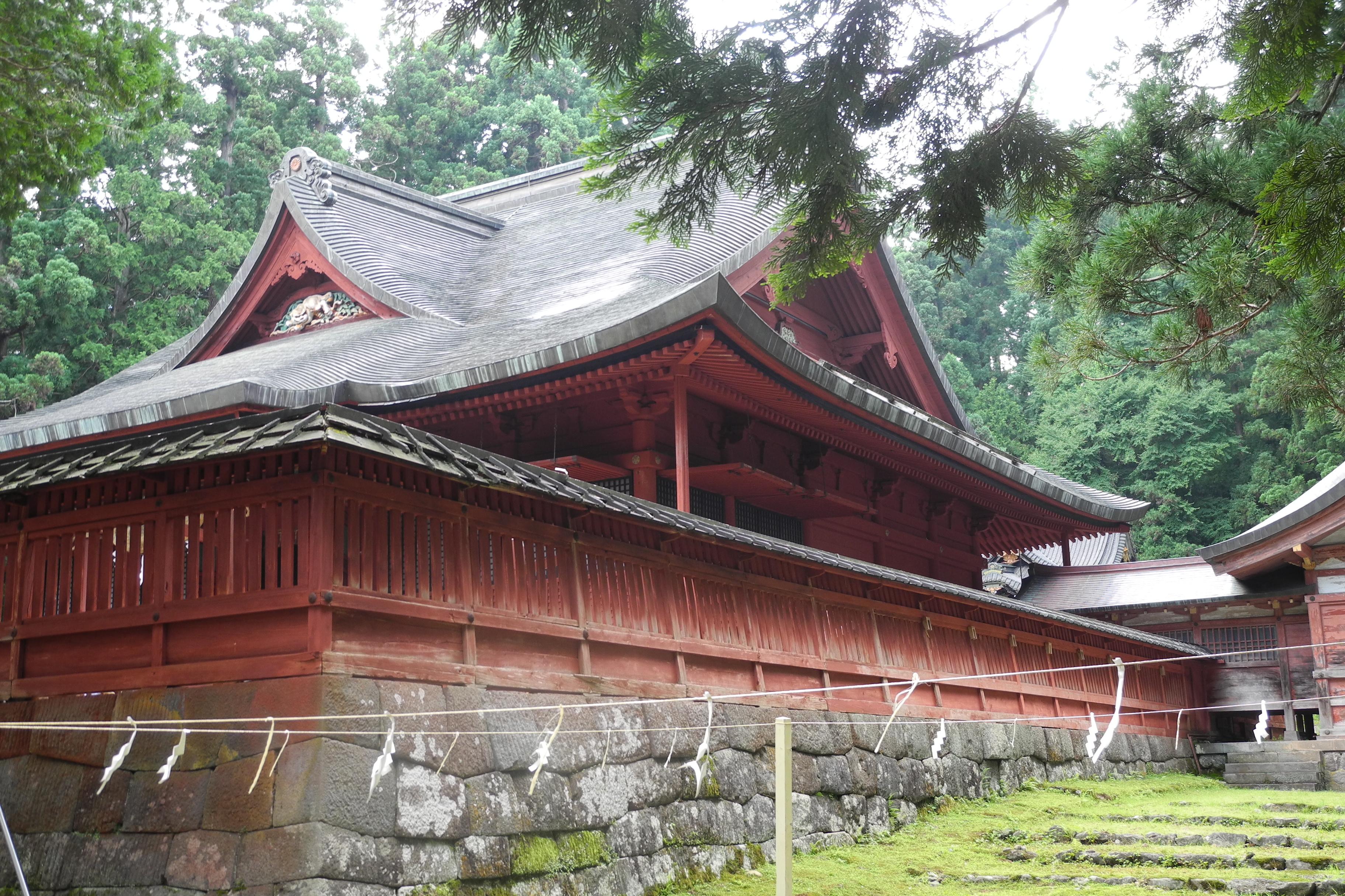 8-1-2 岩木山神社拝殿-全景