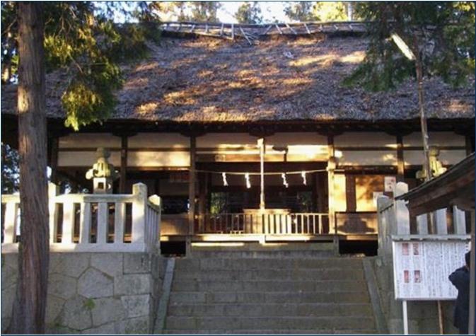 8-2-1 熊野神社拝殿ー 201505