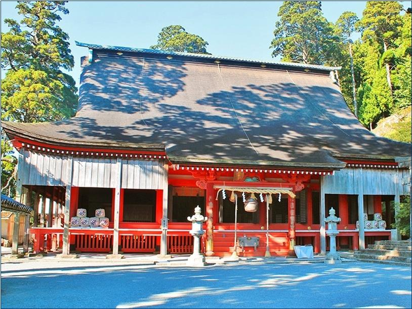 8-9-1 英彦山神社奉幣殿20150615