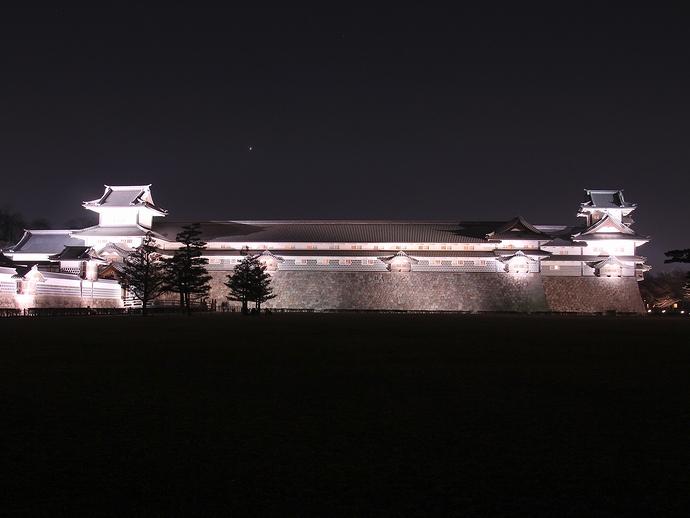 金沢城ライトアップ「菱櫓・五十間長屋・橋爪門続櫓」