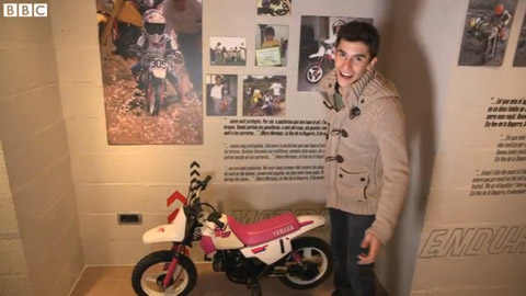20141229_MotoGP champion Marc Marquez shows off his motorbikes