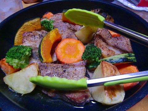 スペアリブと野菜のグリル