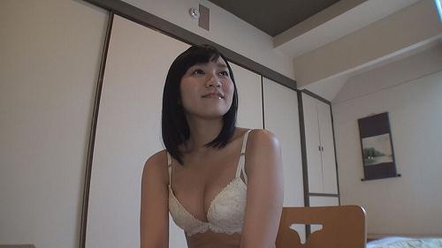 桐谷愛莉おっぱい画像b12