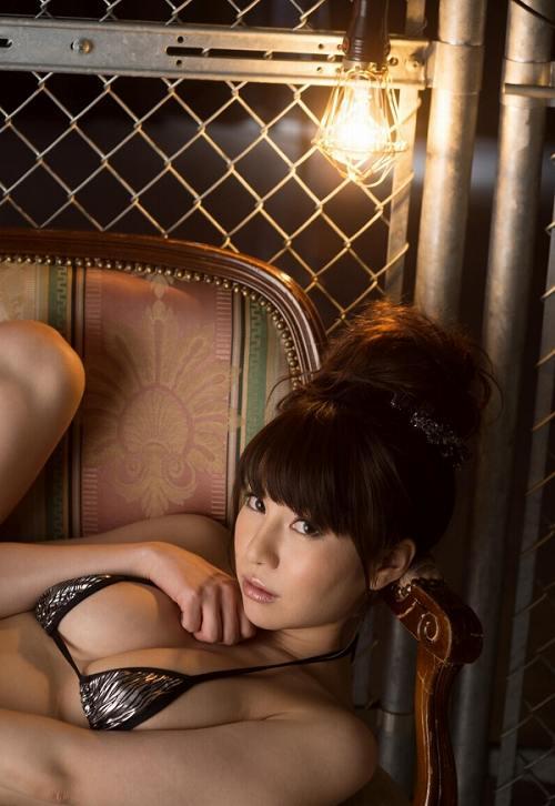 葵Hカップ美巨乳おっぱい画像b58