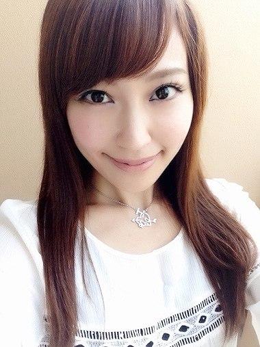 中川祐子微乳おっぱい画像2b09