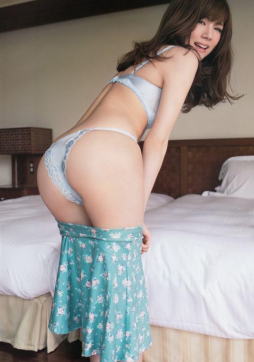 松川佑依子巨乳グラビアおっぱい画像b08