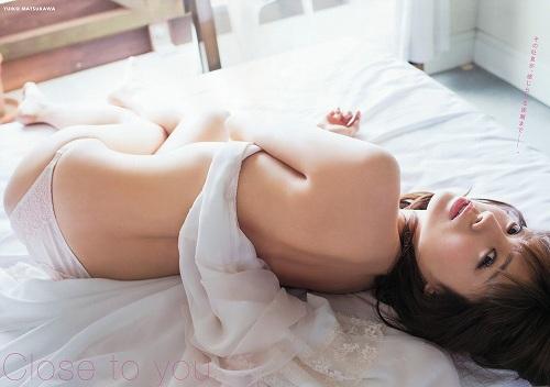 松川佑依子巨乳グラビアおっぱい画像b10