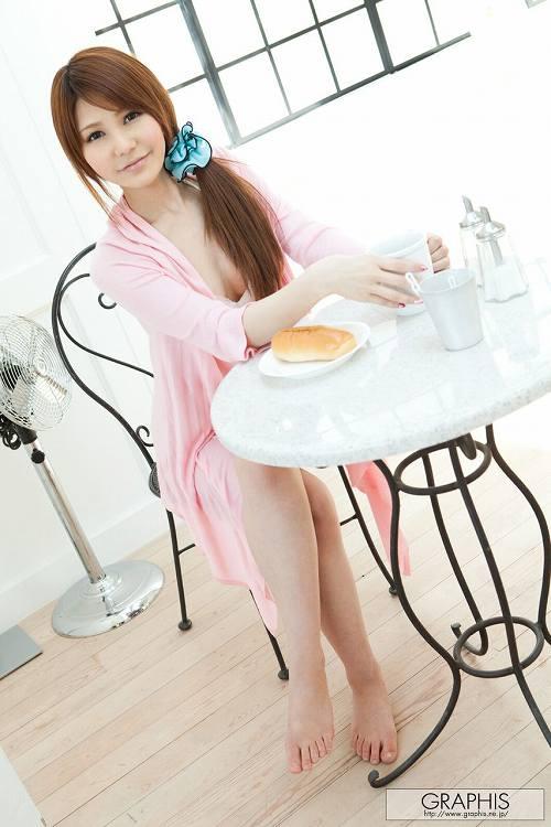 相澤リナGカップ美巨乳おっぱい画像a09